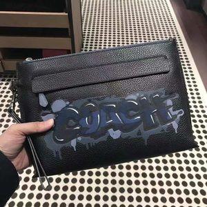 NWT Coach Men's Carryall Pouch Wristlet Bag